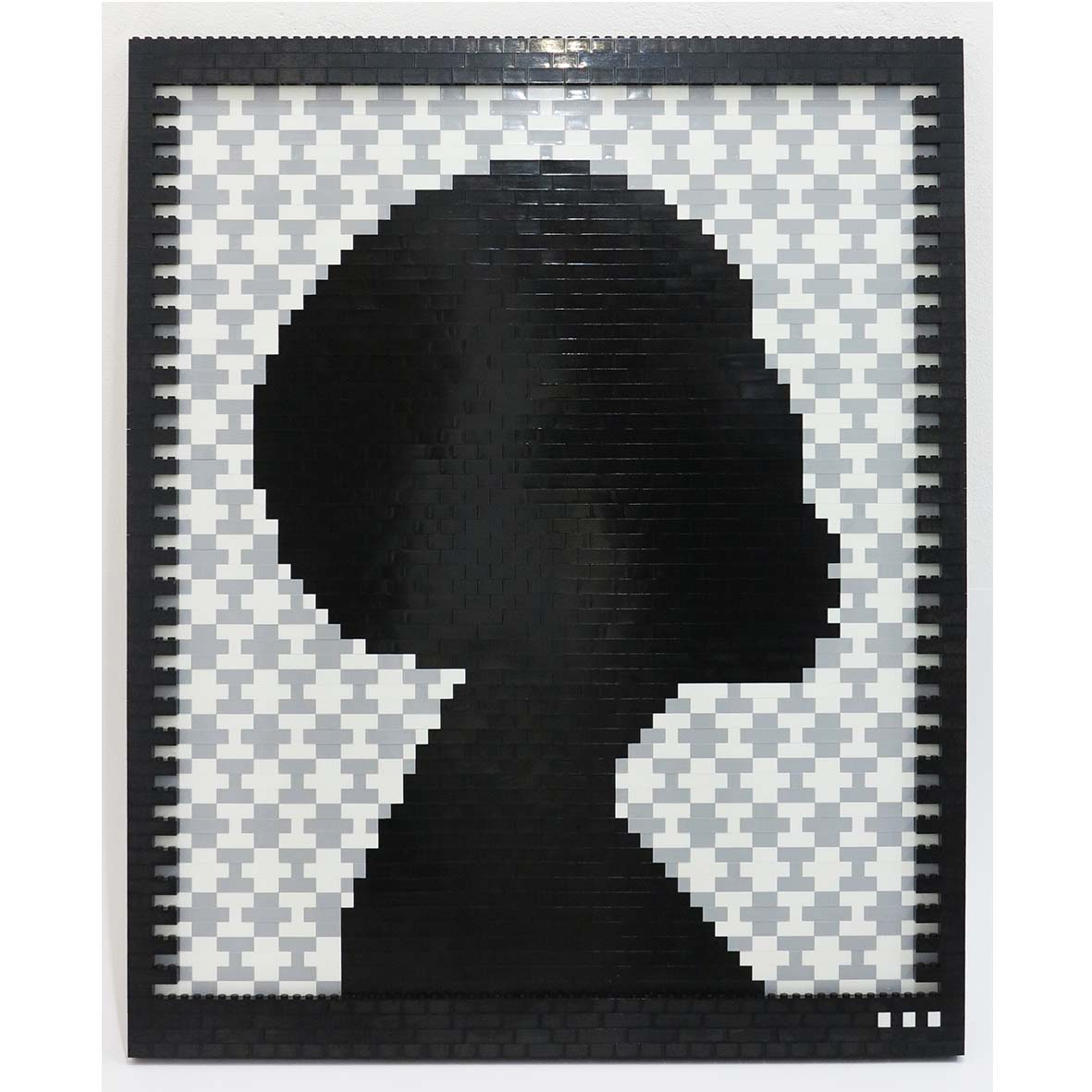 Faatimah Mohamed-Luke Reflections of a Queen II Yoruba – Grey , 2018 2107 ABS plastic building blocks adhered to Aluminium 65 x 53.5 cm