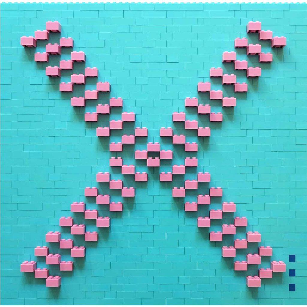 Hug lightblue_pink, 2020, Building blocks adhered to Plexiglas, 40 x 40 cm