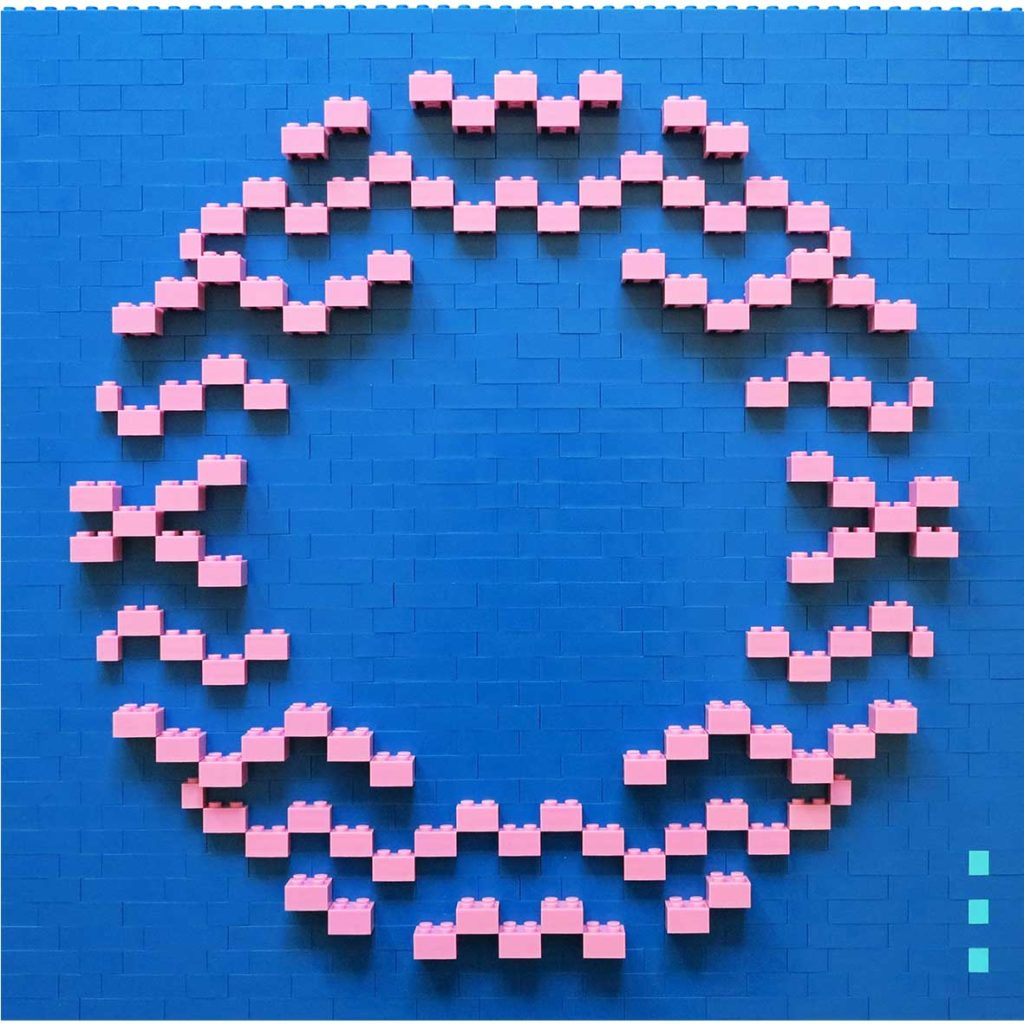 Kiss deepblue_pink, 2020, Building blocks adhered to Plexiglas, 40 x 40 cm