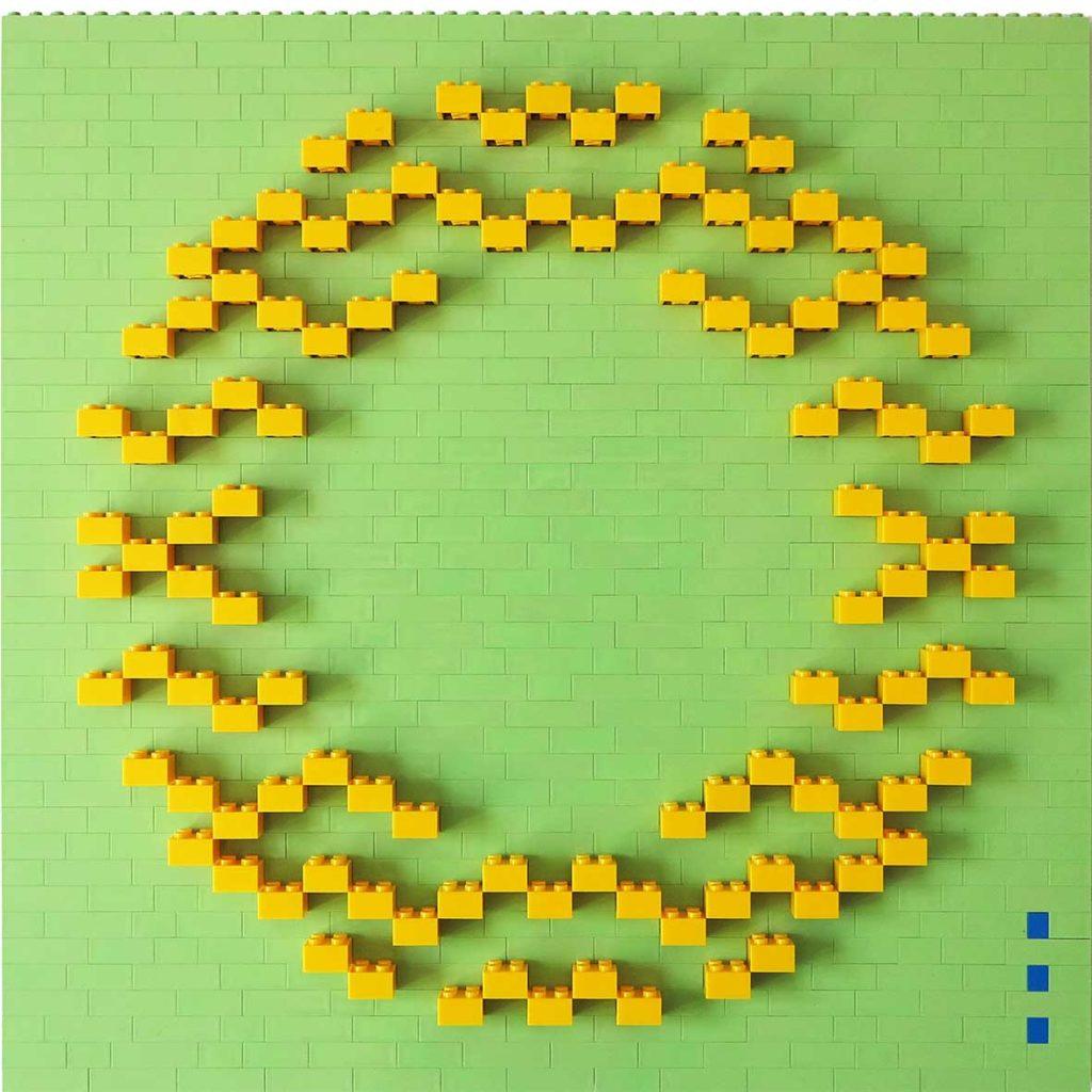 Kiss mint_yellow, 2020, Building blocks adhered to Plexiglas, 40 x 40 cm